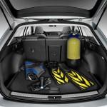 Med plads til 585 liter i bagagerummet, er Seat Leon ST kun 18 liter mindre rummelig end koncernkusinen VW Golf.