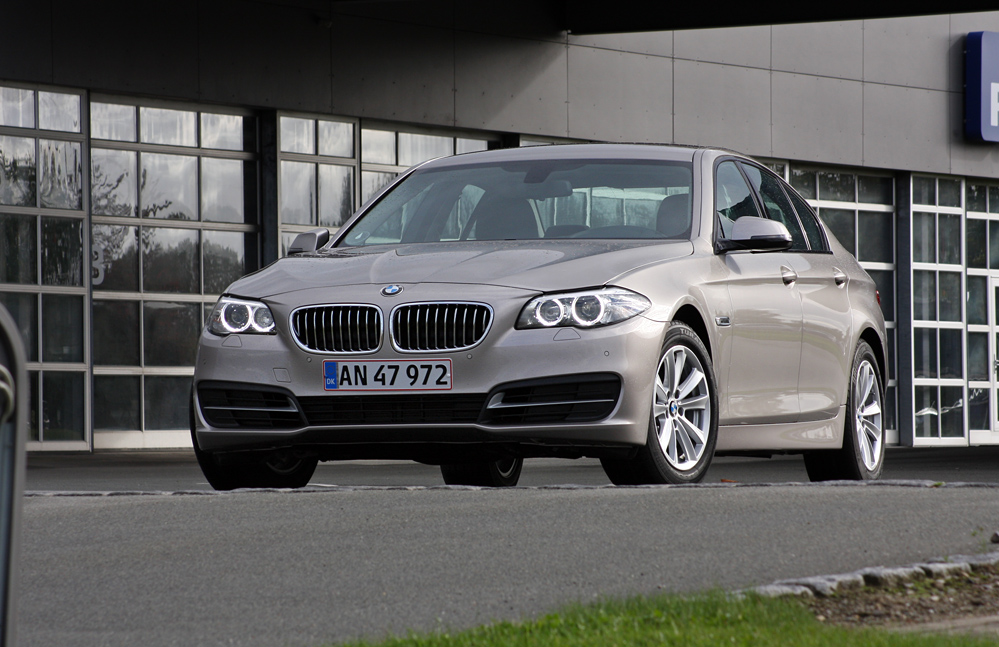 test bmw 520d kongen af motorvejen. Black Bedroom Furniture Sets. Home Design Ideas