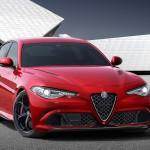 Alfa Giulia er præget af overraskende bløde former - men er også bredskuldret og med en lang motorhjelm. Navnet stammer fra en berømt Alfa-model fra 60erne.