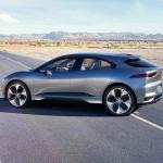 Elegante, flydende linjer, lang akselafstand og hjulene helt ude i hjørnerne - Jaguar vil skabe et nyt formsprog for SUV'er med elbilen I-Pace.