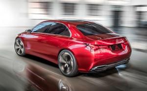 Med en længde på knapt 4,6 meter sigter Concept A efter konkurrenter som både Audi A3 og A4 sedan. Concept A er forløber for næste generation af Mercedes A-klasse.