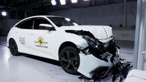 Den nye Honda Civic har fuld sikkerhedspakke, men skuffer på børnebeskyttelse. Det koster den femte stjerne.