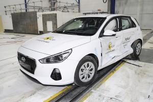 Hyundai i30 klarer trykket i Euro NCAP-crashtesten og scorer alle fem stjerner.
