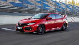Hondas hidsige Type R-udgave af Civic scorede også mange point hos kvinderne - og det er ikke fordi den står flot til rød neglelak.
