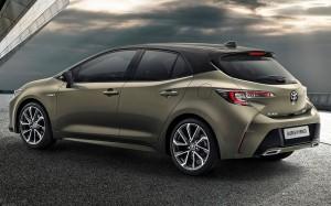 Mulighed for tag i kontrastfarve bliver et nyt designelement for tredje generation af Toyota Auris.