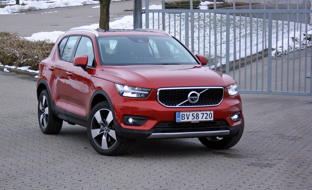 test volvo xc40 er cool p svensk. Black Bedroom Furniture Sets. Home Design Ideas
